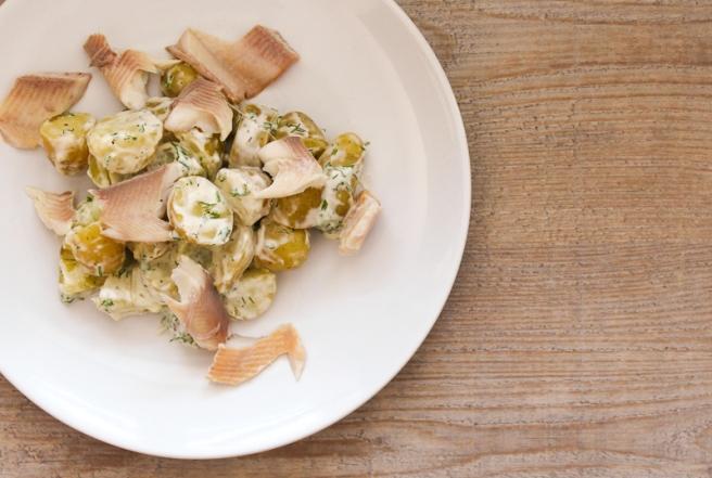 gerookte forel met aardappelsalade